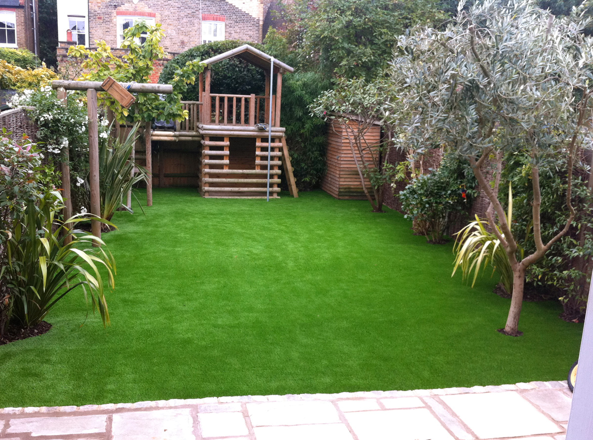 Artificial Lawns With Synthetic Grass For Gardens And