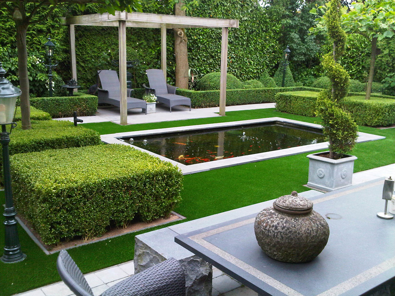 Artificial lawns with synthetic grass for gardens and for Artificial pond in garden