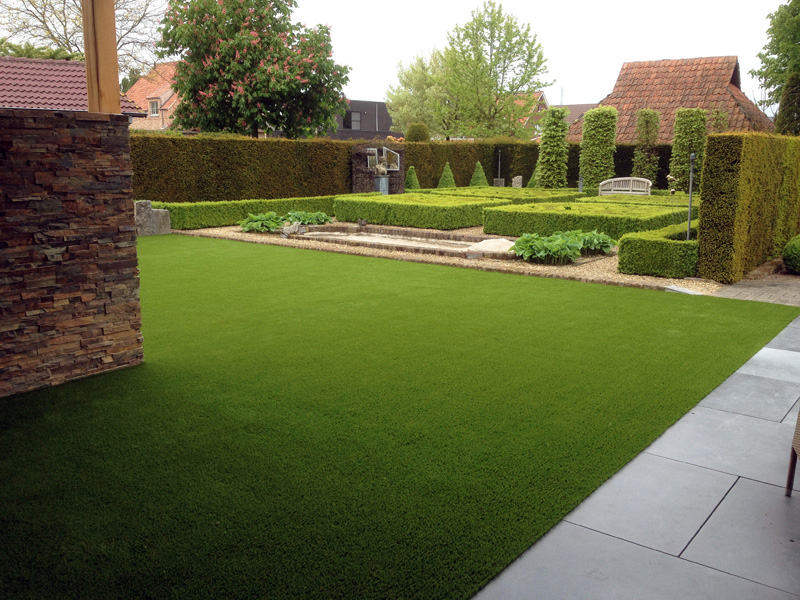 Photos with examples of artificial turf garden for Garden design ideas artificial grass